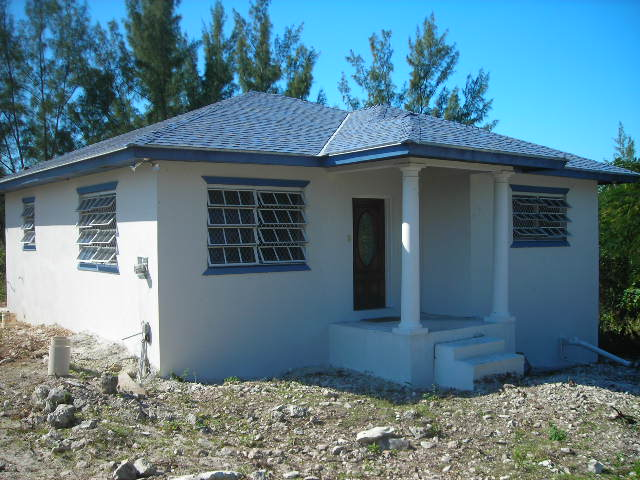 Single Family Home for Rent at Cozy Cottage in Jacaranda Jacaranda, Nassau And Paradise Island, Bahamas