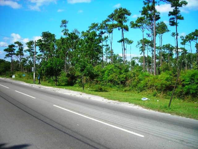 Terra / Lote para Venda às Commercial Lot Near Coral Harbour Bahamas