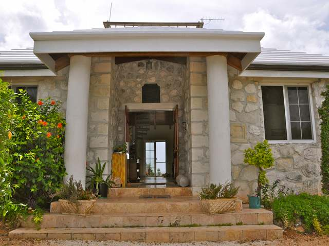 Single Family Home for Sale at Grumble Hill Cat Island, Bahamas