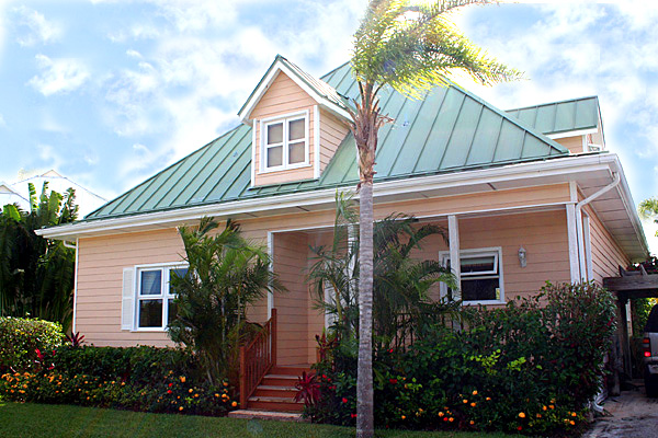 Single Family Home for Rent at Gorgeous Rental Home in Gated Beachfront Community Fortune Beach, Grand Bahama, Bahamas