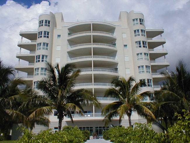 Co-op / Condo for Rent at Oceanview Condominium On The Second Floor Lucayan Beach, Grand Bahama, Bahamas