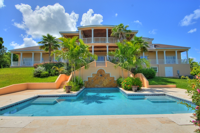 Single Family Home for Rent at Beautiful Estate Home in Lyford Cay Lyford Cay, Nassau And Paradise Island, Bahamas