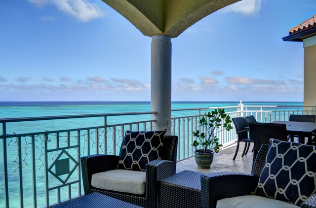 Additional photo for property listing at Breathtaking Views Bahamalar