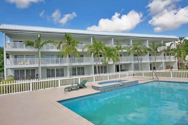 Co-op / Condo for Rent at Stunning Waterfront Penthouse in Caribbean Bay! Bahamia Marina, Grand Bahama, Bahamas