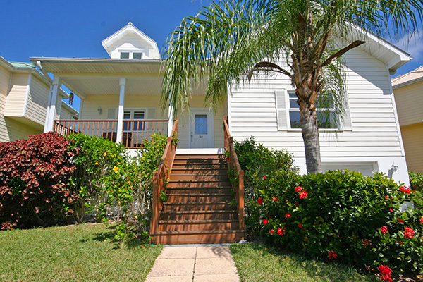 Single Family Home for Sale at REDUCED!!! Exceptional Island Home In Gated Beach Community! Shoreline, Lucaya, Grand Bahama Bahamas
