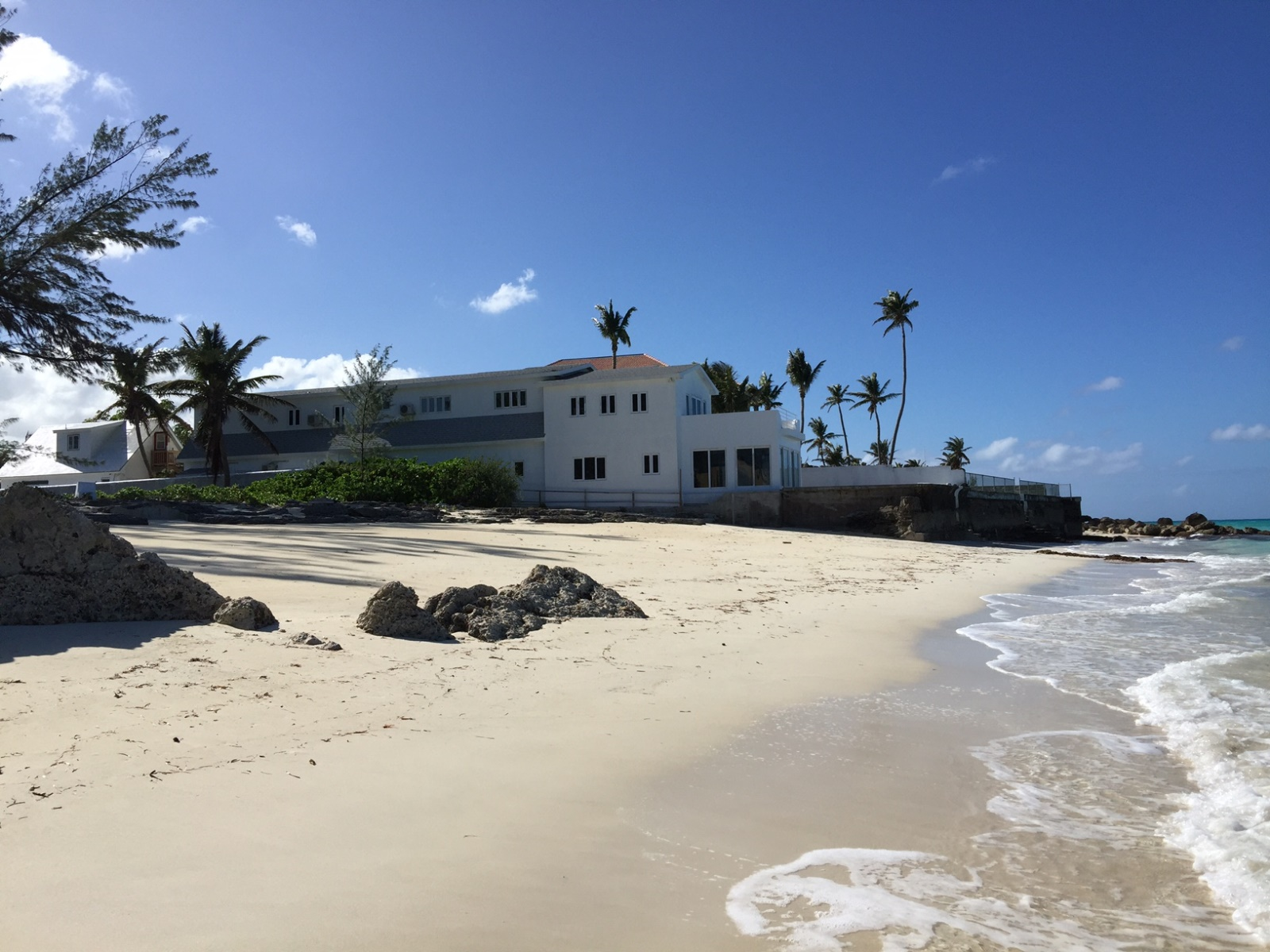 Single Family Home for Sale at Beachfront Villa Cable Beach, Nassau And Paradise Island, Bahamas