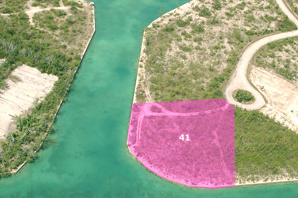 Land for Sale at Pearl Bay Lot With Over 375 Feet On The Canal! Grand Bahama, Bahamas