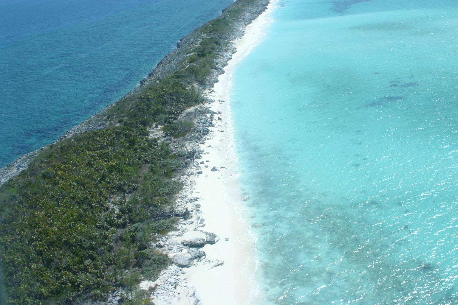 Land for Sale at Rose Island beachfront Lot Rose Island, Bahamas