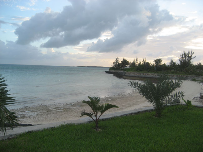 Land for Sale at Beautiful Walled Beachfront ~ Ready To Build! Russell Island, Eleuthera, Bahamas