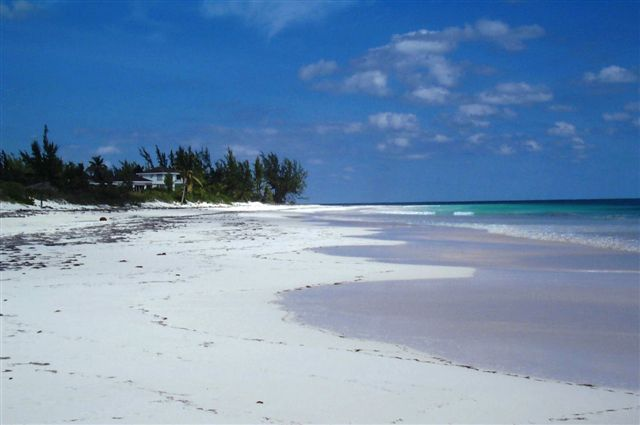Terre / Lot de terrain pour l Vente à Two Beachfront Lots Eleuthera, Bahamas