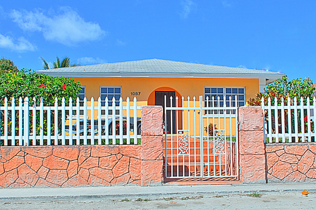 Single Family Home for Sale at Beautiful Home In Pinewood Gardens Pinewood Gardens, Nassau And Paradise Island, Bahamas