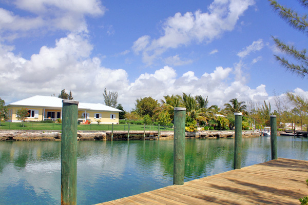 Land for Sale at Reduced Further!! Outstanding Canal Lot in Prestigious Fortune Bay Fortune Bay, Grand Bahama, Bahamas