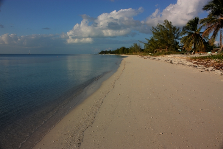 Land for Sale at Beachfront Lot in Sandy Point (MLS 25643) Sandy Point, Abaco, Bahamas