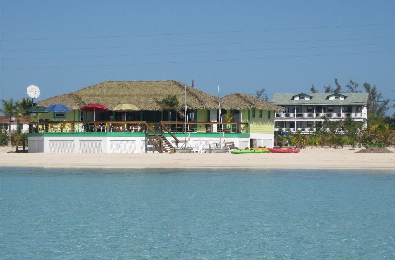 Sistema de aquecimento para Venda às Income Generating Resort with Restaurant! Long Island, Bahamas
