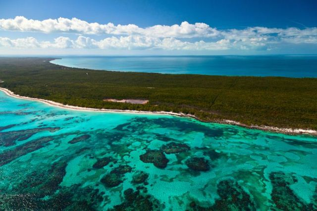 Land for Sale at Fabulous Investment Acreage, Central Eleuthera Tarpum Bay, Eleuthera, Bahamas