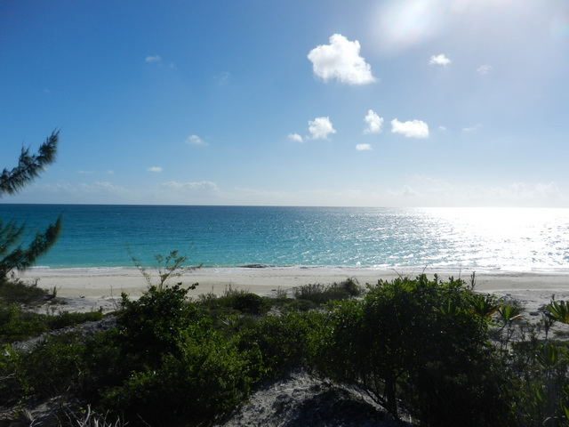 Land for Sale at Georgeous Cat Island Beachfront lot Pigeon Cay, Cat Island, Bahamas