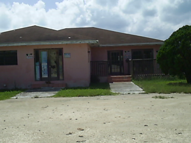 Commercial for Sale at An Income Property Long Island, Bahamas
