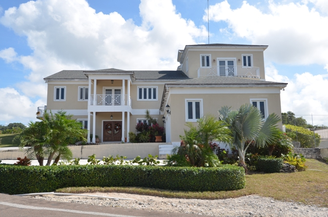 Maison unifamiliale pour l Vente à An Amazing Dream Home Bahamas