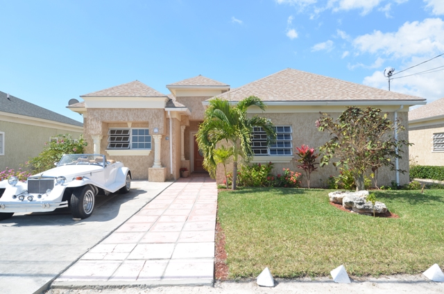 Single Family Home for Sale at Southern Tranquility South Beach Estates, Nassau And Paradise Island, Bahamas