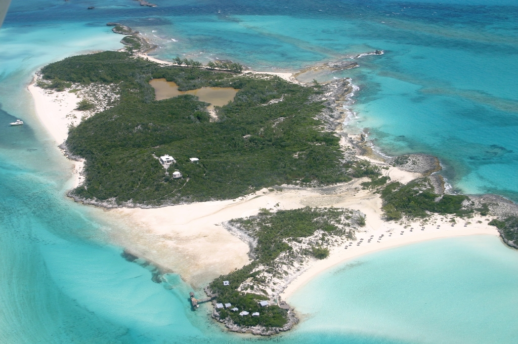 Private Island for Sale at Saddleback Cay Private Island Exumas, Bahamas