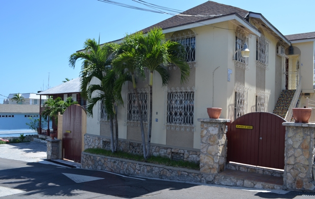 Commercial for Sale at Commercial Building Near Town Old Nassau, Nassau And Paradise Island, Bahamas
