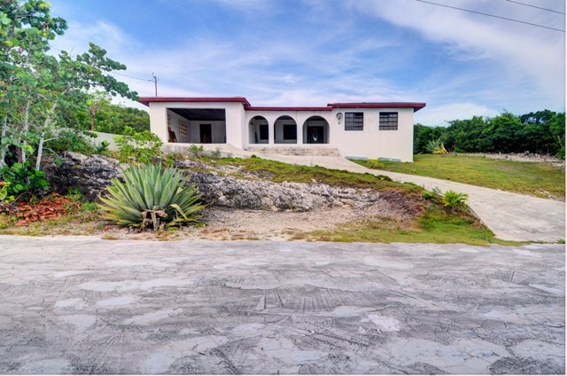 Single Family Home for Sale at Great Elevation ~ Rainbow Bay Home ~ Caribbean Side Rainbow Bay, Eleuthera, Bahamas