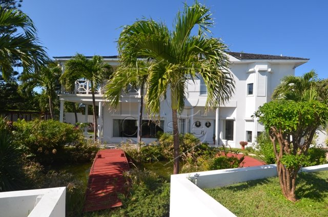 Villa per Vendita alle ore Single family home on Paradise Island, great elevations ! Nassau New Providence And Vicinity