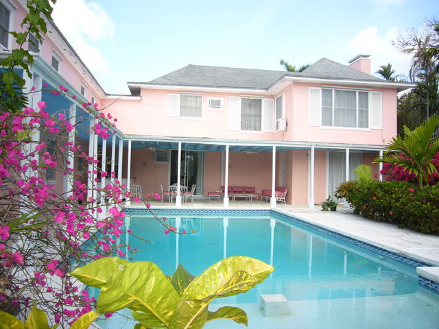 Single Family Home for Sale at Elegant Colonial Home Nassau New Providence And Vicinity