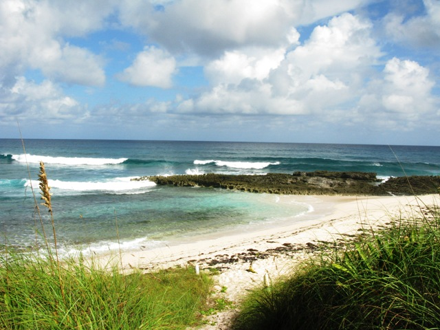 Land for Sale at Deal! Lot For Sale Steps To Surfer's Beach Priced To sell - MLS 29817 Eleuthera, Bahamas
