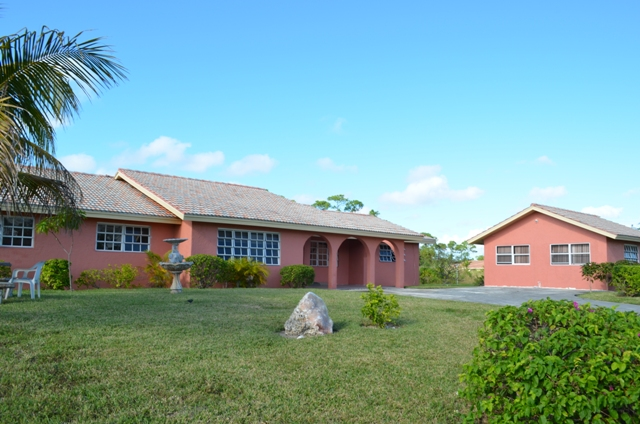 Single Family Home for Sale at Royal Bahamian Estates Home Royal Bahamian Estates, Grand Bahama, Bahamas