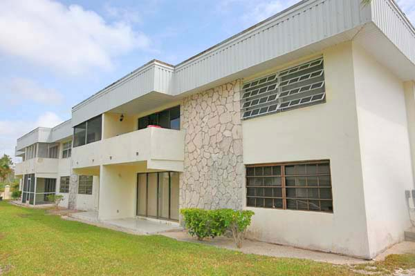 Co-op / Condo for Sale at 2 Bedroom Fixer-Upper in Fortune Hills Richmond Park, Grand Bahama, Bahamas