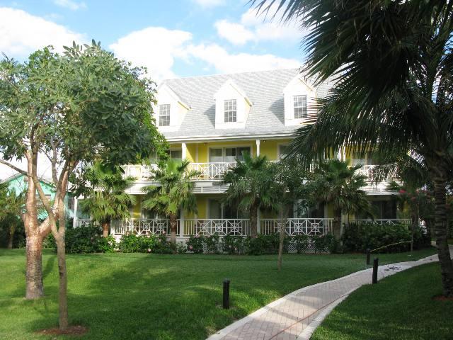 Co-op / Condo for Sale at Elegant Condominium at Valentine's Resort in Harbour Island Harbour Island, Eleuthera, Bahamas