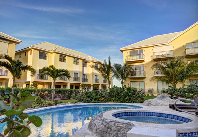 Appartement en copropriété pour l Vente à The Beach House at Columbus Cove Bahamas
