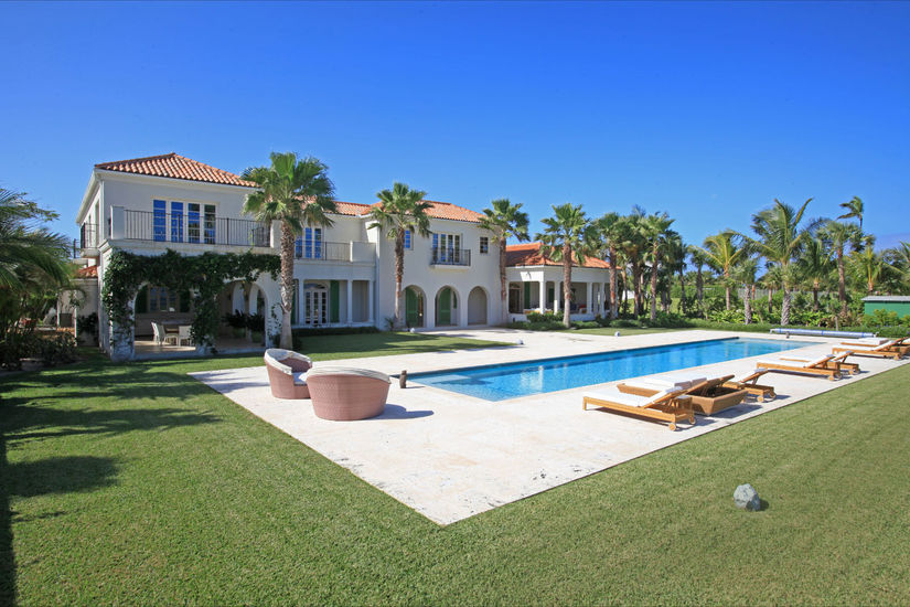 Maison unifamiliale pour l Vente à Cascarilla House - An Outstanding One-Of-A-kind Ocean Club Home Paradise Island, New Providence/Nassau,00000 Bahamas