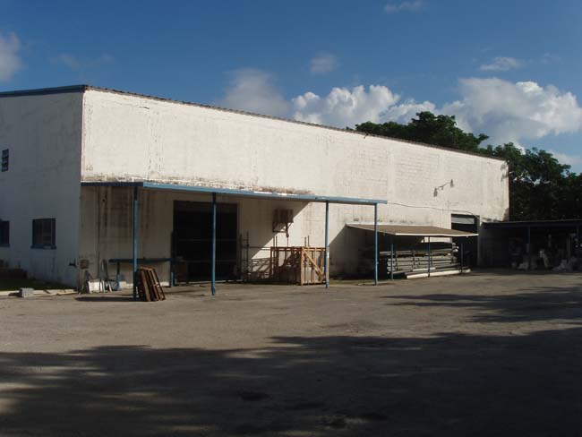 Commercial for Sale at Elevated Commercial Space Nassau And Paradise Island, Bahamas