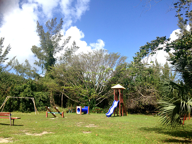 Land for Sale at Multi-Family Lot on Adelaide Road Adelaide, Nassau And Paradise Island, Bahamas