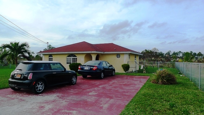 Single Family Home for Sale at Maintained and affordable home Sunrise Subdivision, Grand Bahama, Bahamas