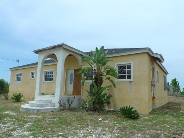 Single Family Home for Sale at Holmes Rock Home Grand Bahama East, Grand Bahama, Bahamas