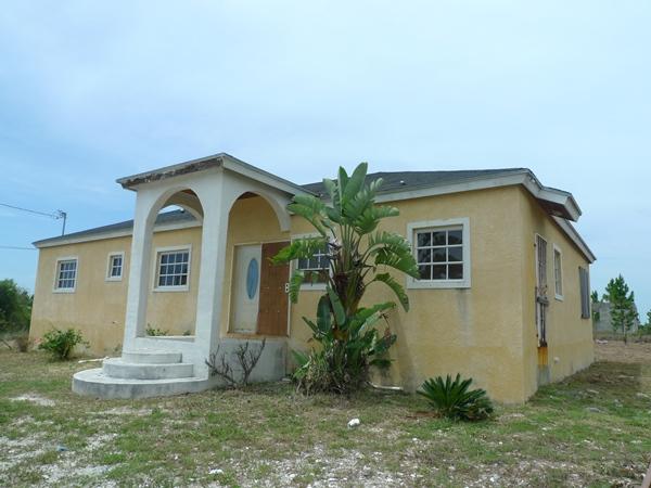 Single Family Home for Sale at Holmes Rock Home Grand Bahama East, Grand Bahama, Bahamas