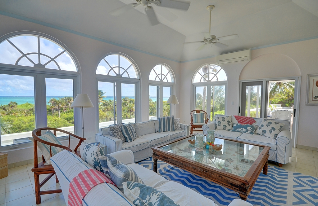 Tek Ailelik Ev için Satış at Seashell House Windermere Beach Estates MLS 25449 Eleuthera, Bahamalar