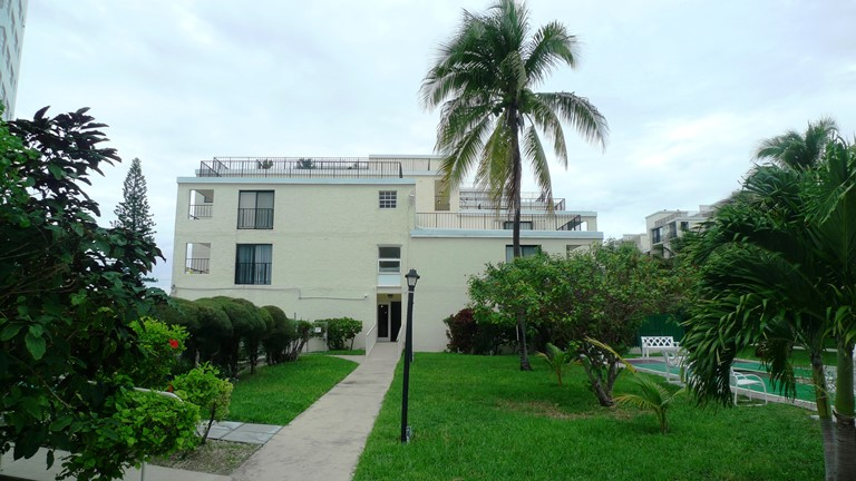 Co-op / Condo for Sale at Beachfront Condo with Great Views Lucayan Beach, Grand Bahama, Bahamas