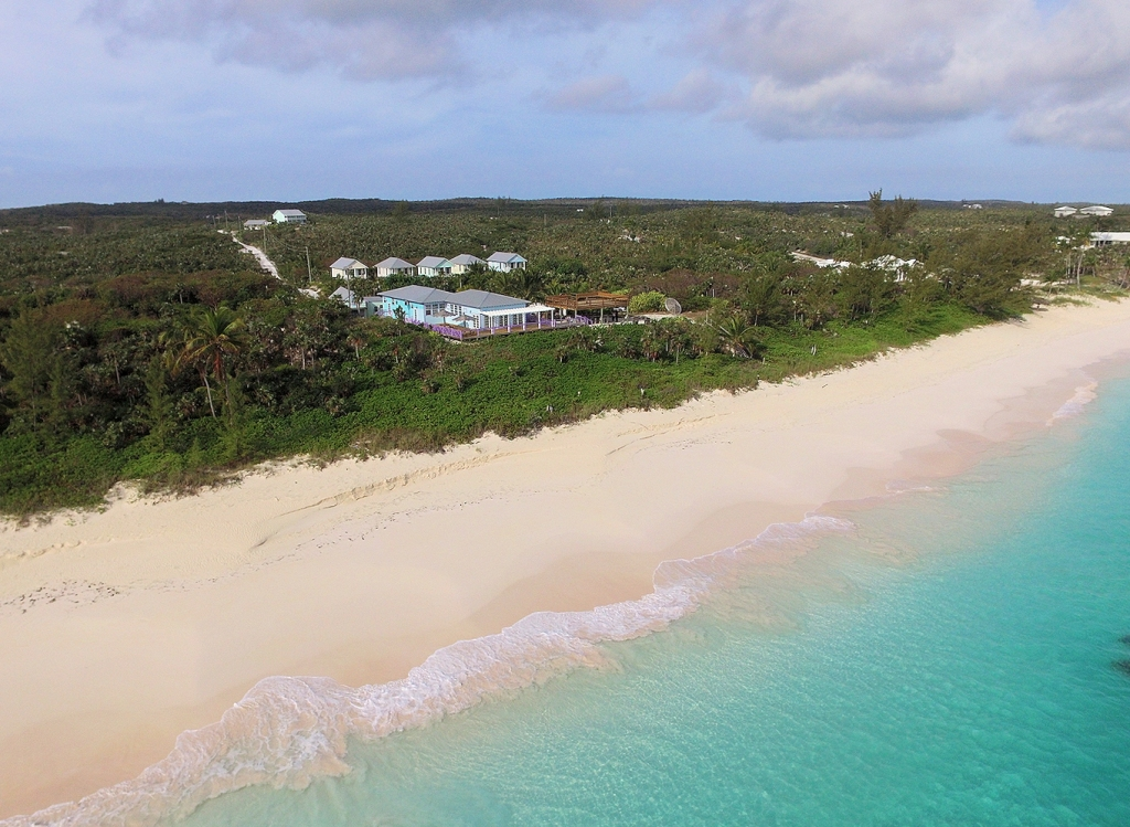 Autre pour l Vente à 5 Homes Plus Development on Incredible Pink Sands Beach Eleuthera, Bahamas