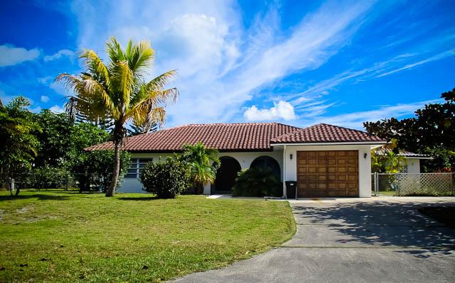 Single Family Home for Sale at Beautiful canalfront Home in Bahama Terrace Grand Bahama, Bahamas