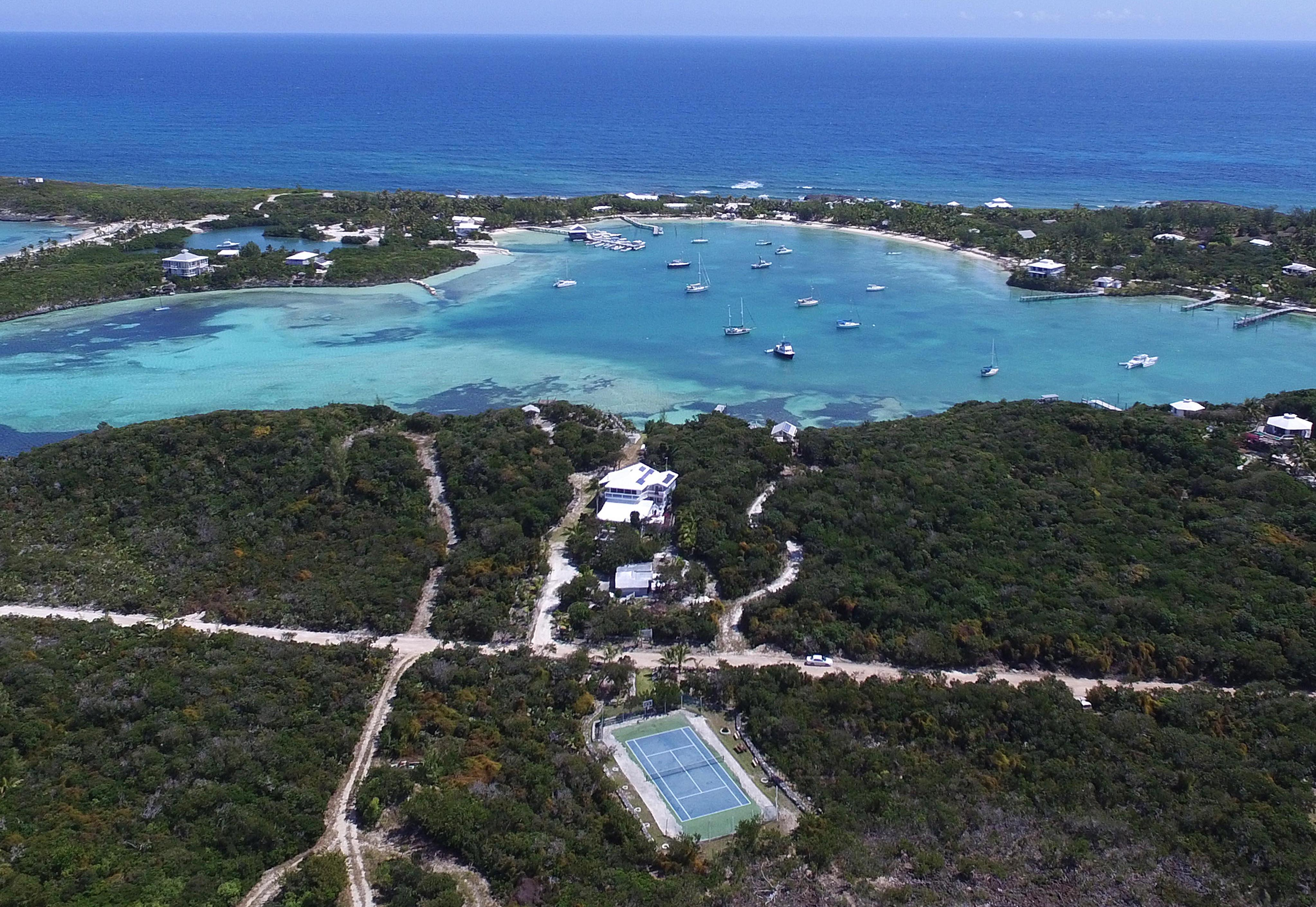Villa per Vendita alle ore Waterfront Estate with Amazing Views of Little Harbour (MLS 25910) Abaco, Bahamas