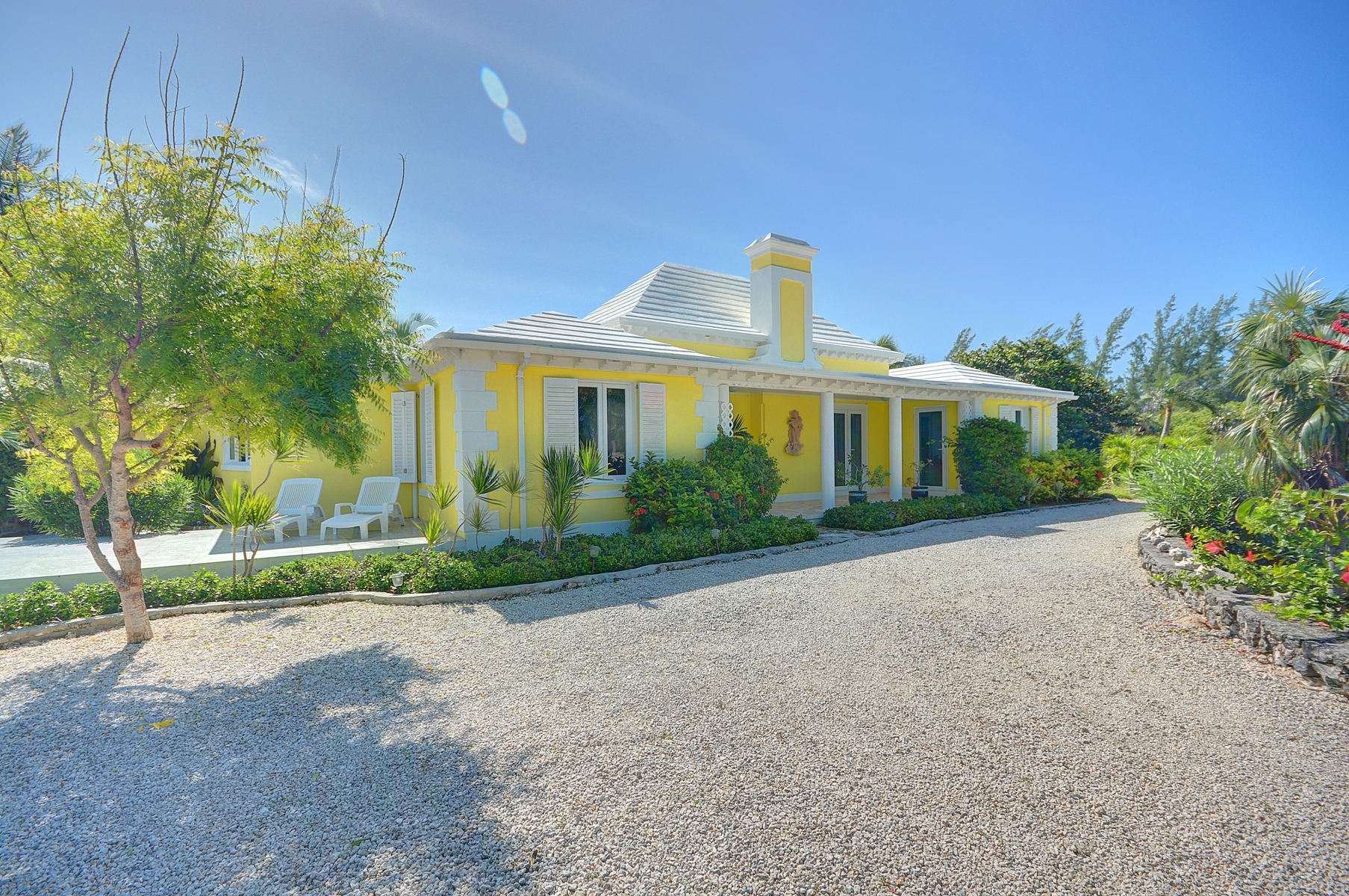 Single Family Home for Sale at Mellow Yellow, Double Bay, Eleuthera MLS 27217 Double Bay, Eleuthera, Bahamas