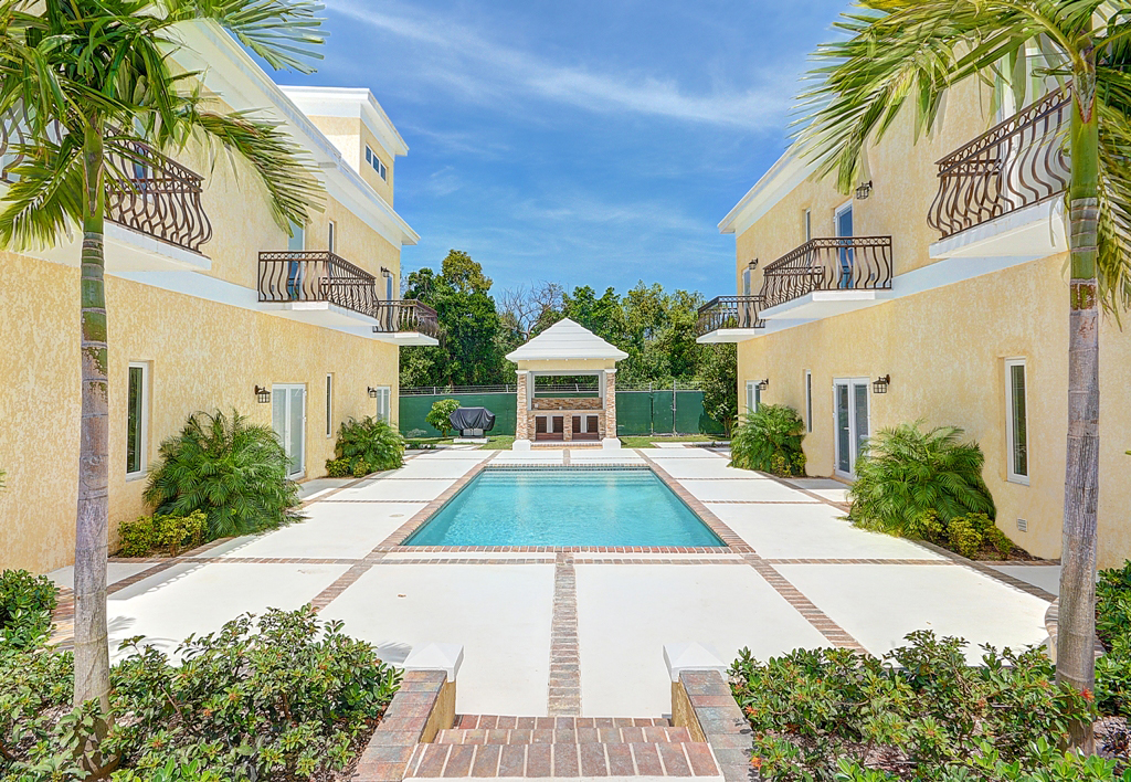 Co-op / Condo for Sale at Privcay & Elegance at Las Casitas - MLS 26896 Western Road, Nassau And Paradise Island, Bahamas