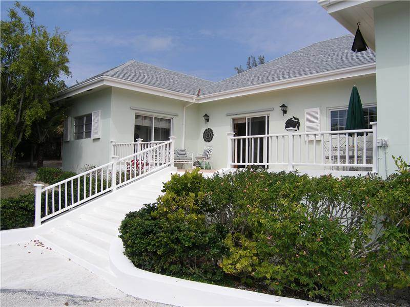 Single Family Home for Sale at Sandpiper, Windemere MLS: 29698 Windermere Island, Eleuthera, Bahamas
