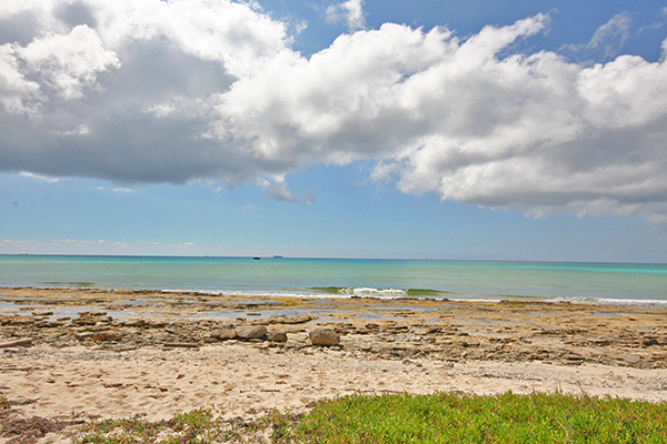 Land for Sale at Oceanfront Acres in developing area of Holmes Rock - MLS 26721 Holmes Rock, Freeport And Grand Bahama, Bahamas