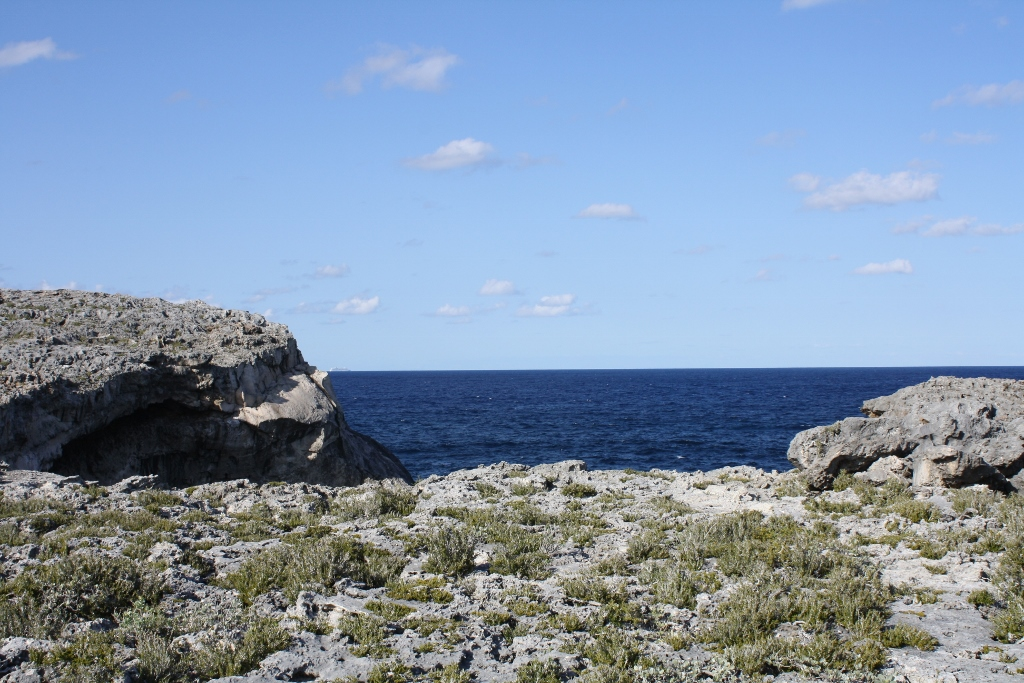 Land for Sale at Whale Point Lot MLS 27930 Whale Point, Eleuthera, Bahamas
