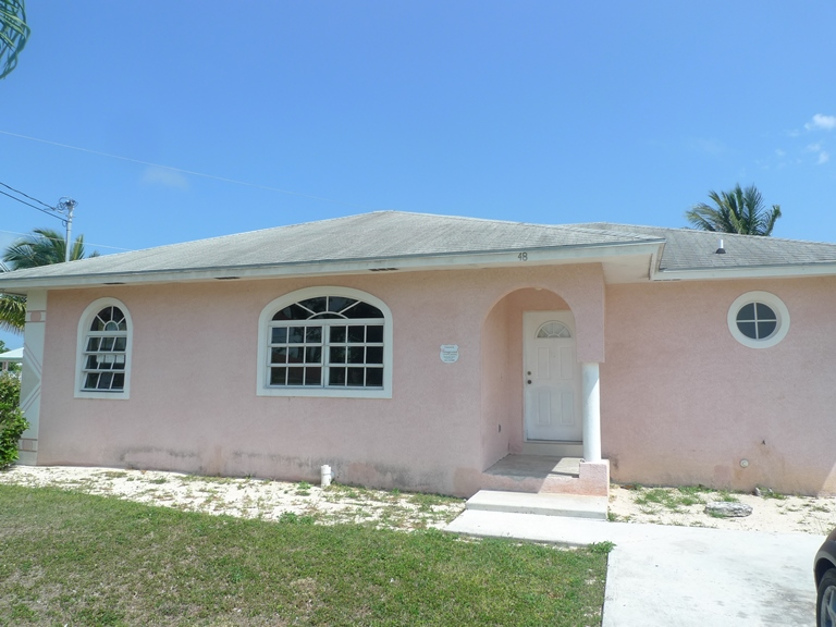 Single Family Home for Sale at Great Starter Home in Sunrise Gardens Sunrise Subdivision, Grand Bahama, Bahamas